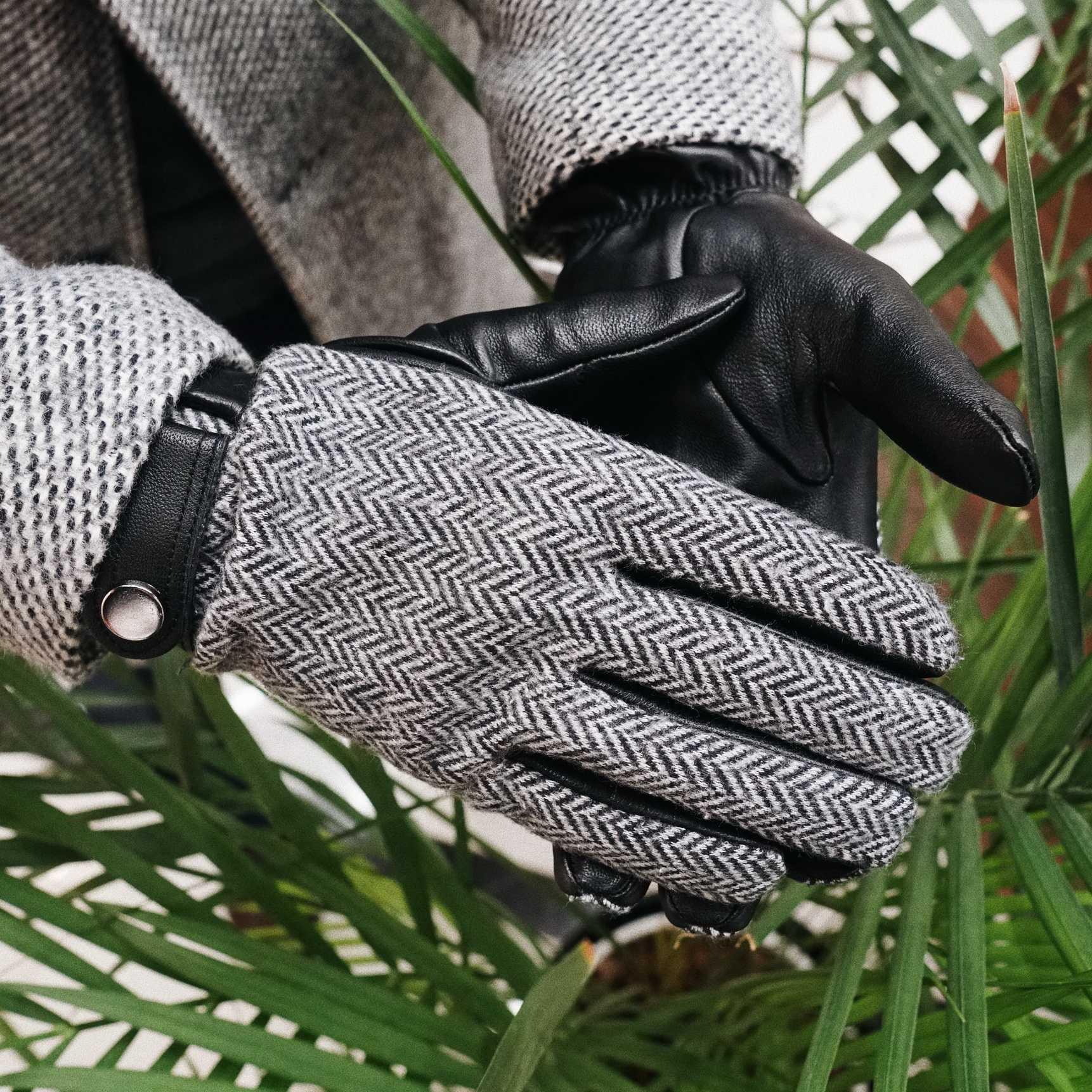 Перчатки мужские черные кожаные с трикотажным верхом в елочку