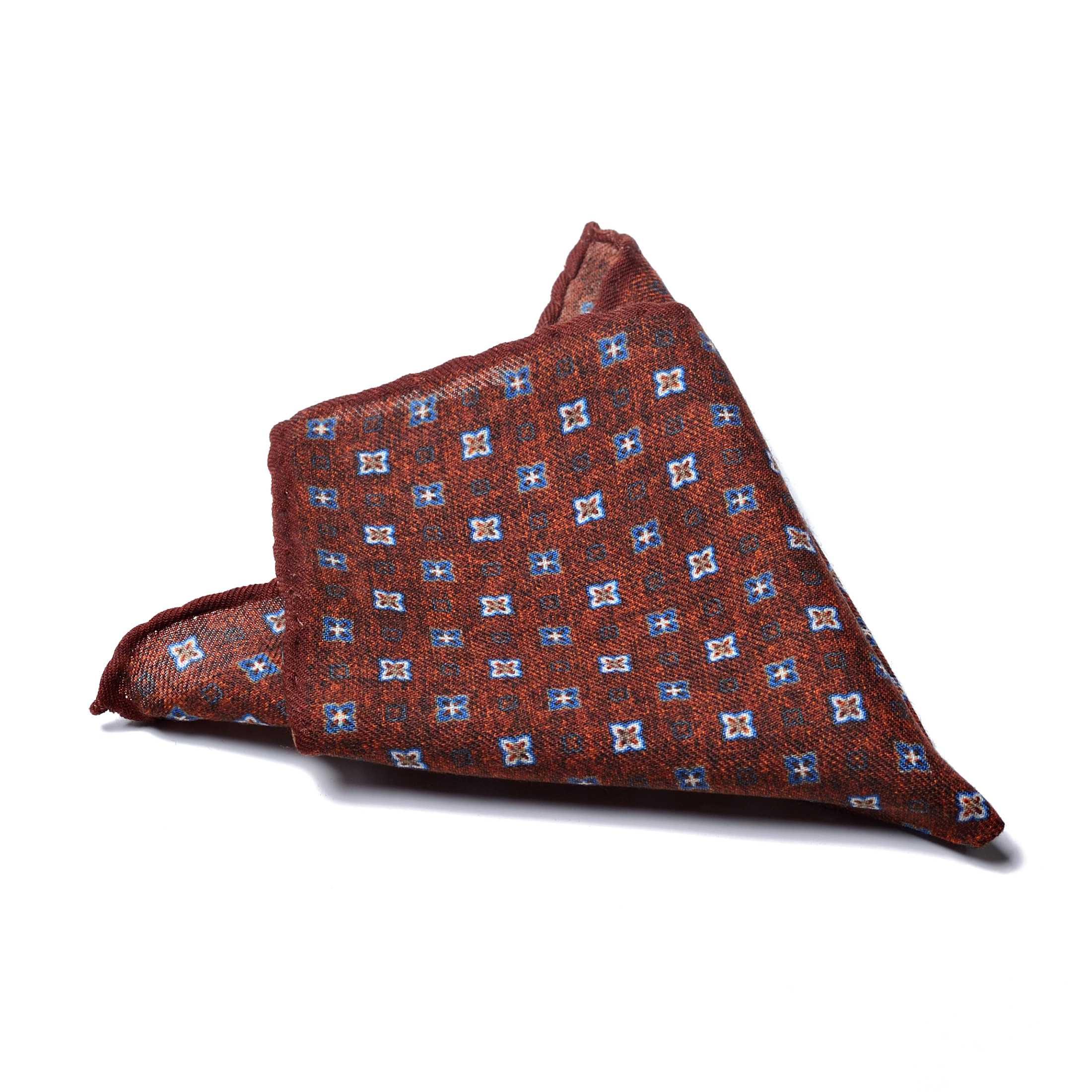 Платок нагрудный в карман рыже-коричневый в бело-голубой орнамент (шерсть)