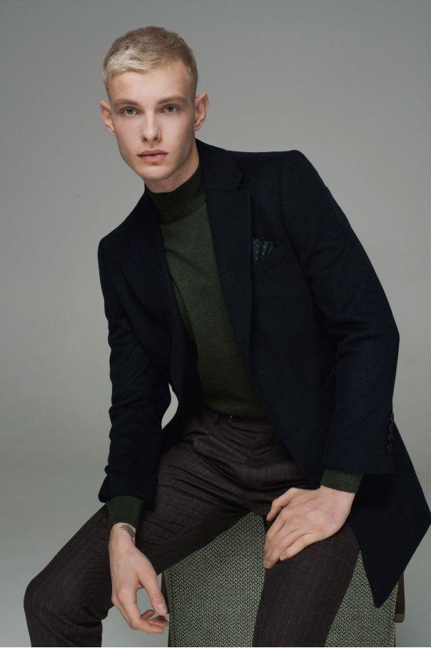 Пальто мужское утепленное синтепоном, темно-синее