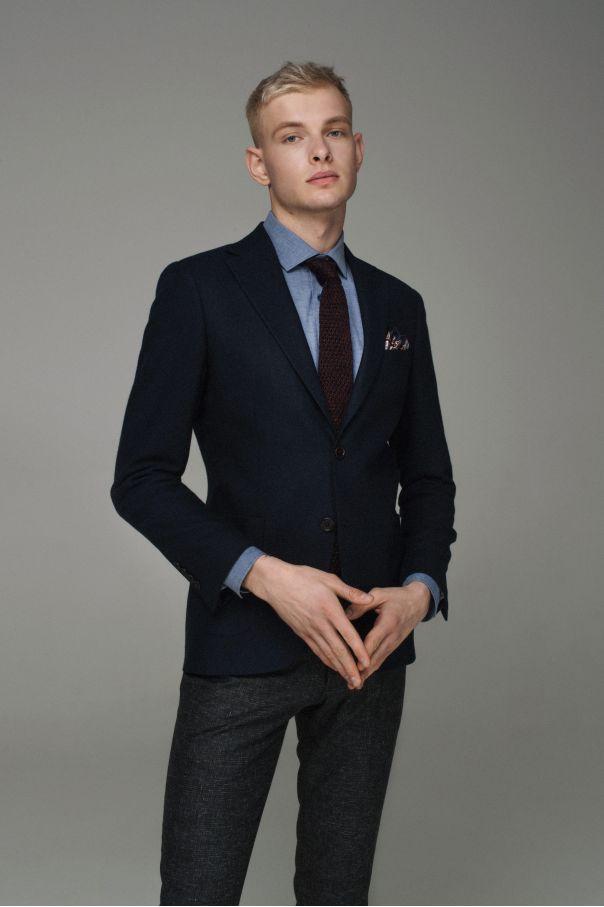 Пиджак мужской темно-синий с накладными карманами