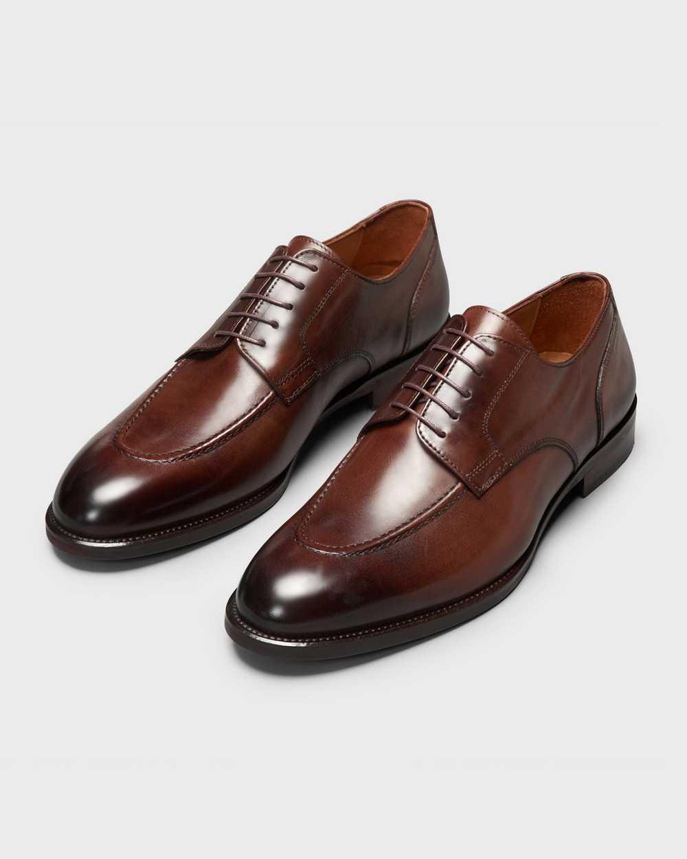 Туфли мужские дерби коричневые с полукруговым швом на мыске (moc toe)