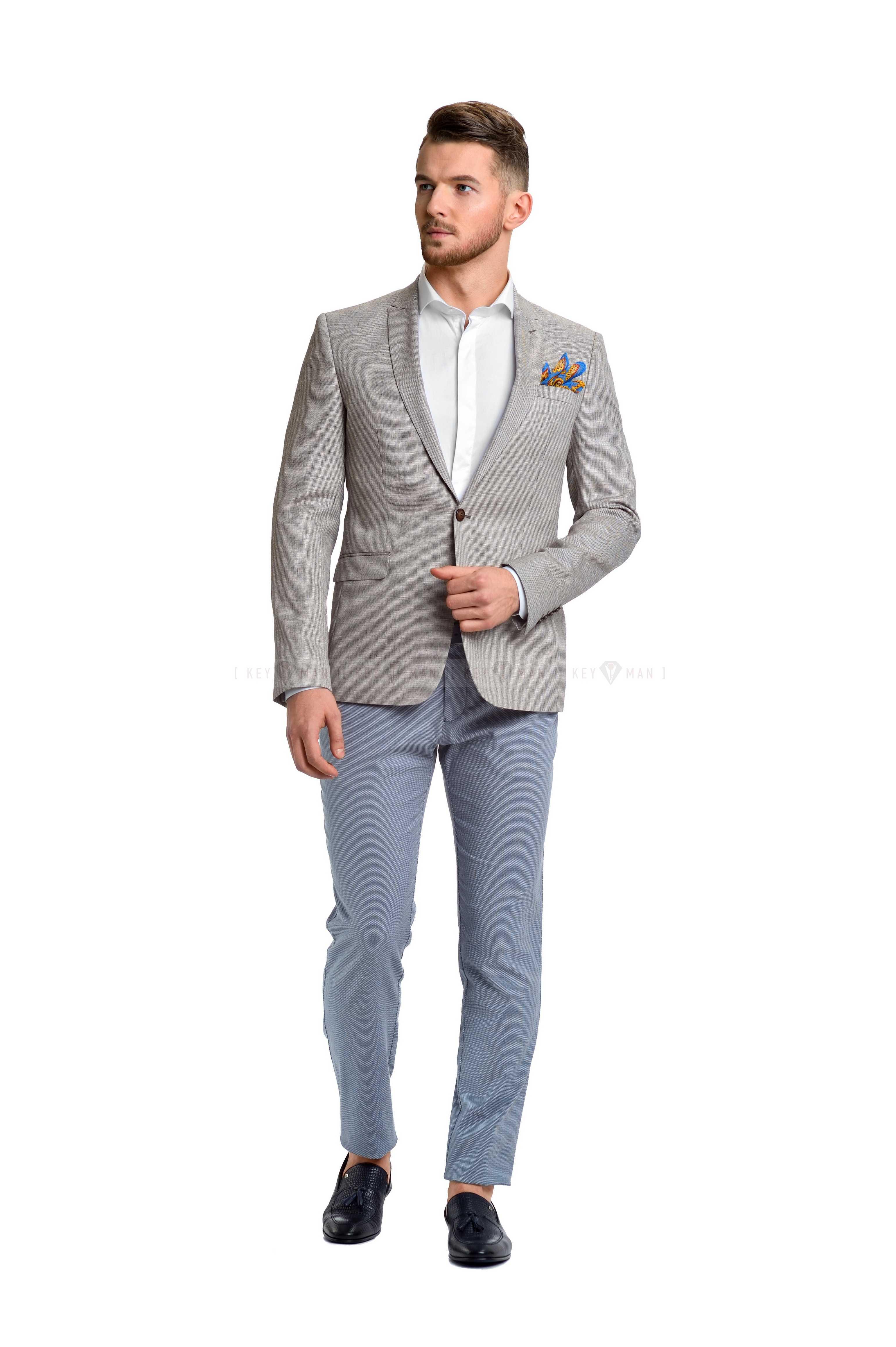Пиджак мужской светло-бежевый, с облегченной подкладкой