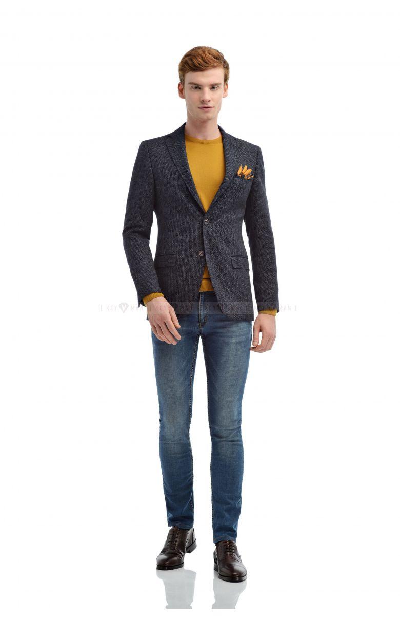 Пиджак мужской синий с вплетенной черно-белой нитью