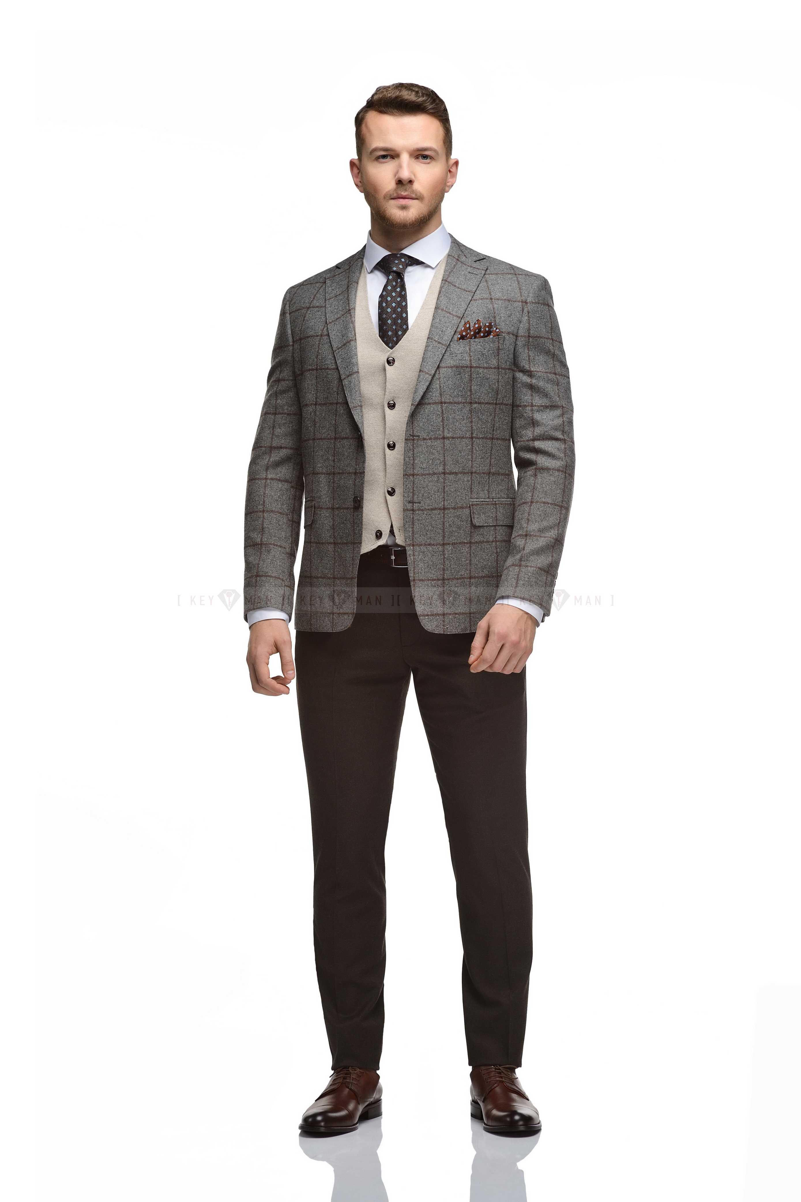 Пиджак мужской серый в коричневую клетку из плотной шерсти