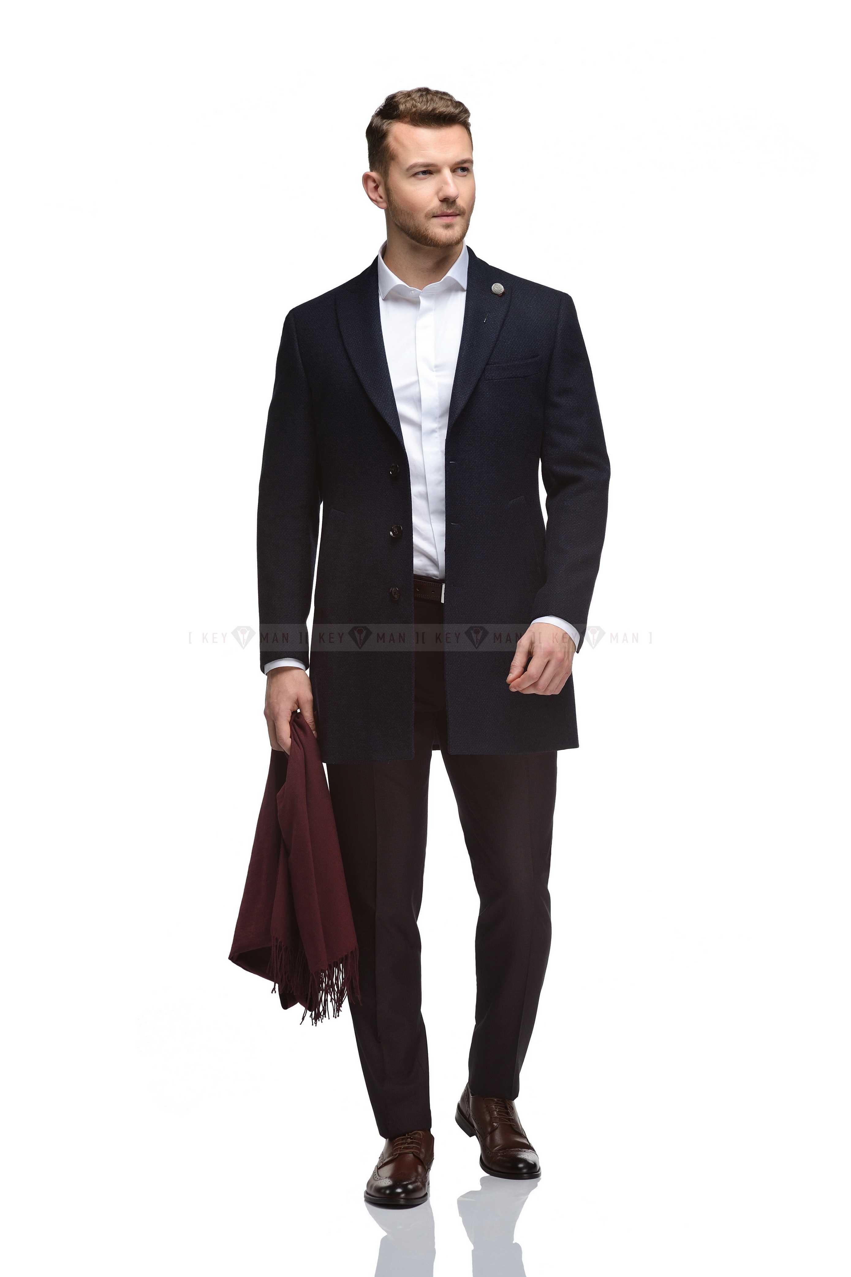 Пальто мужское сине-черное фактурное, итальянский лацкан