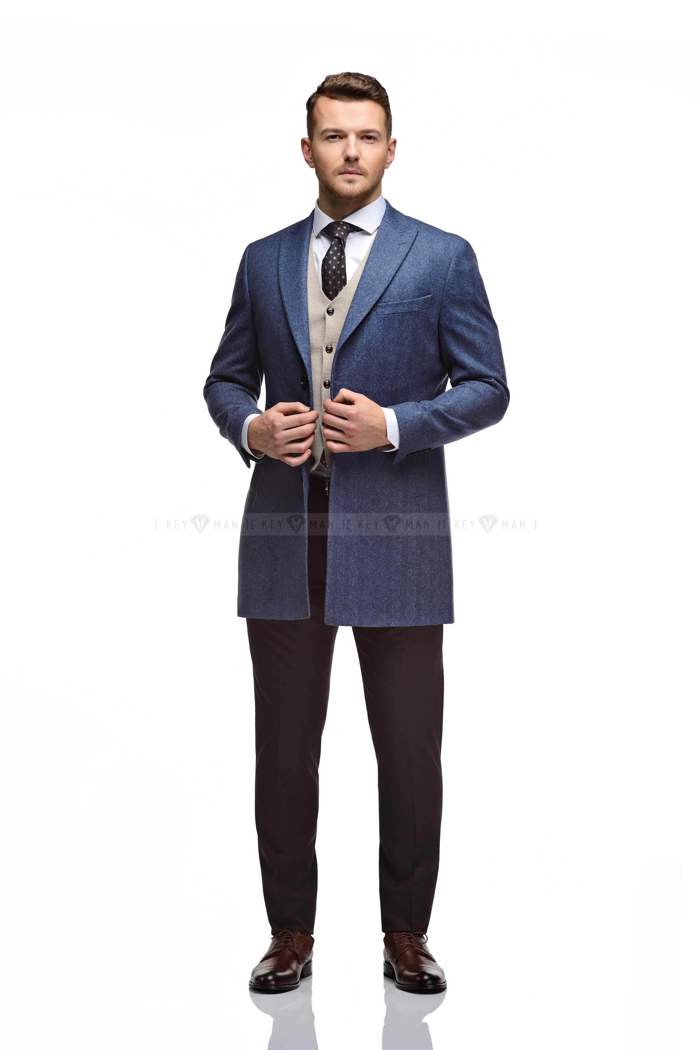 """Пальто мужское голубое, фактура """"елочка"""", итальянский лацкан"""