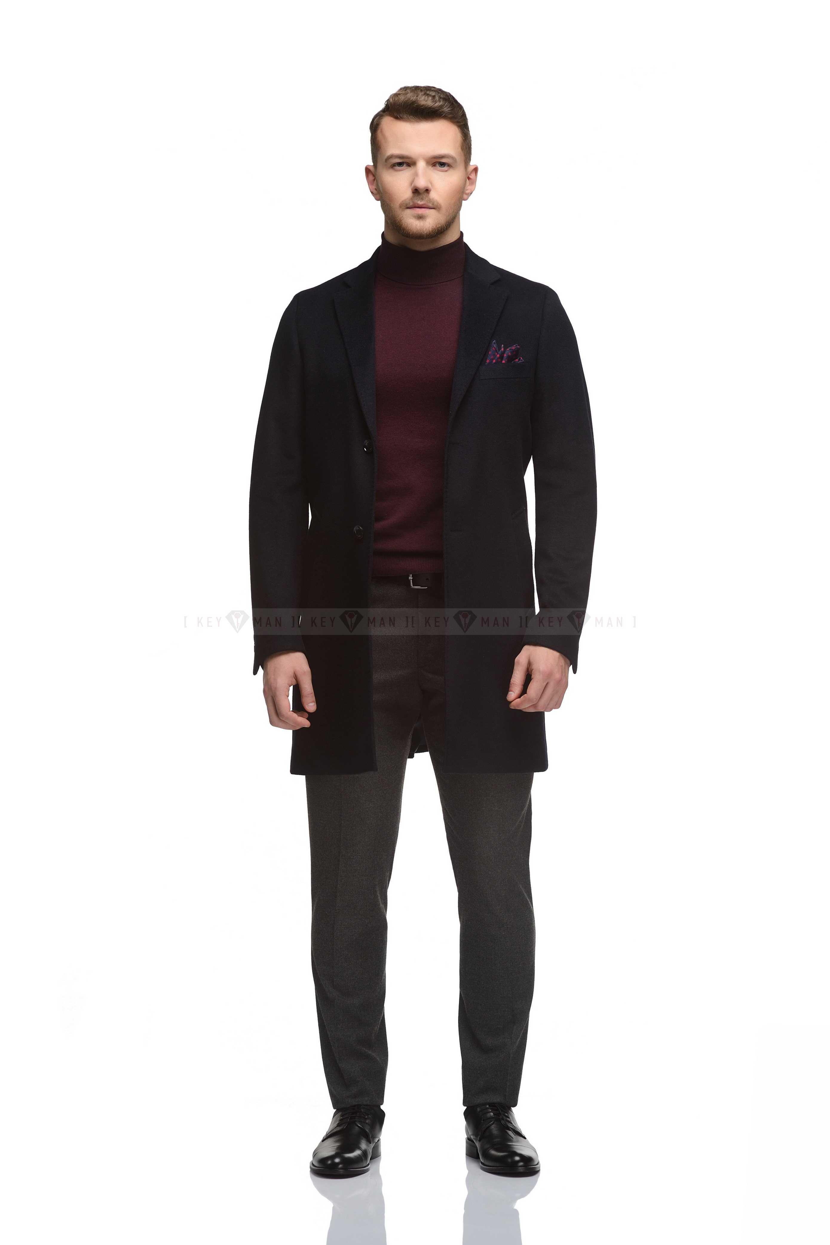 Пальто мужское темно-синее, приталенное, демисезонное