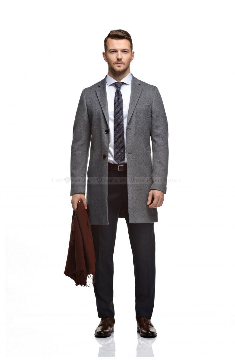 Пальто мужское светло-серое, приталенное, демисезонное