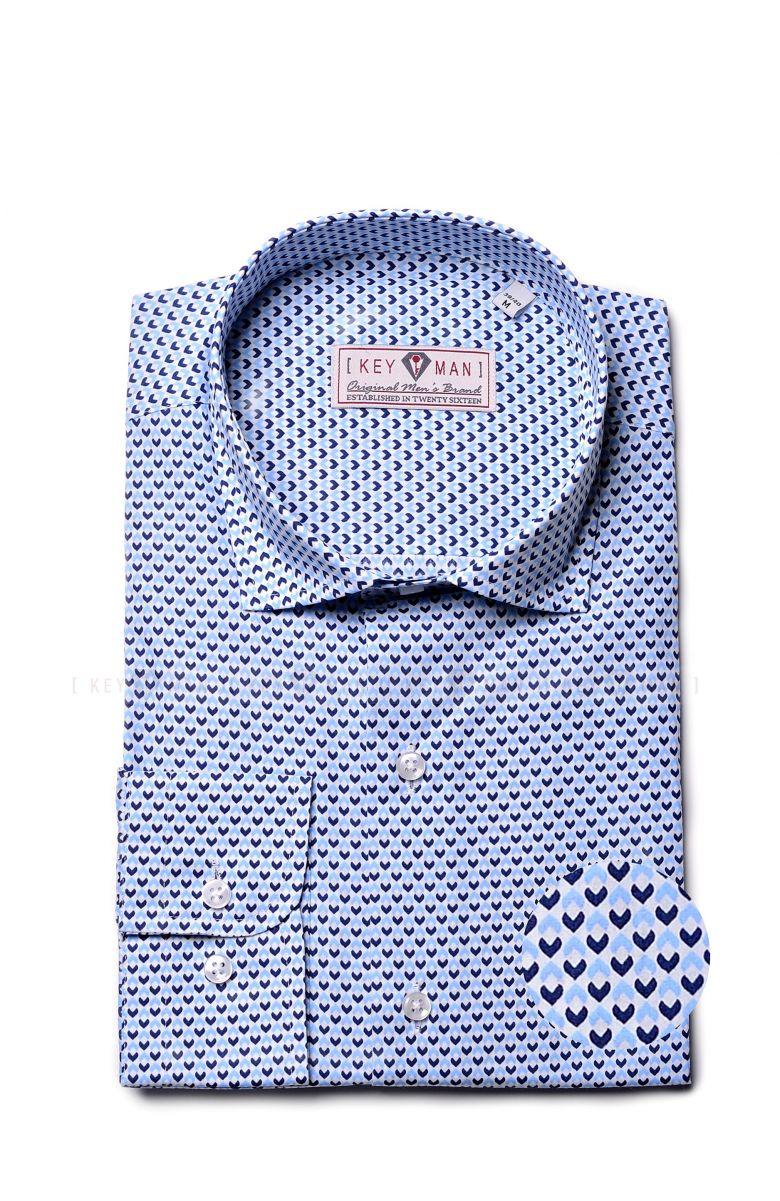 Рубашка мужская в сине-голубой ромбик с воротником на пуговицах