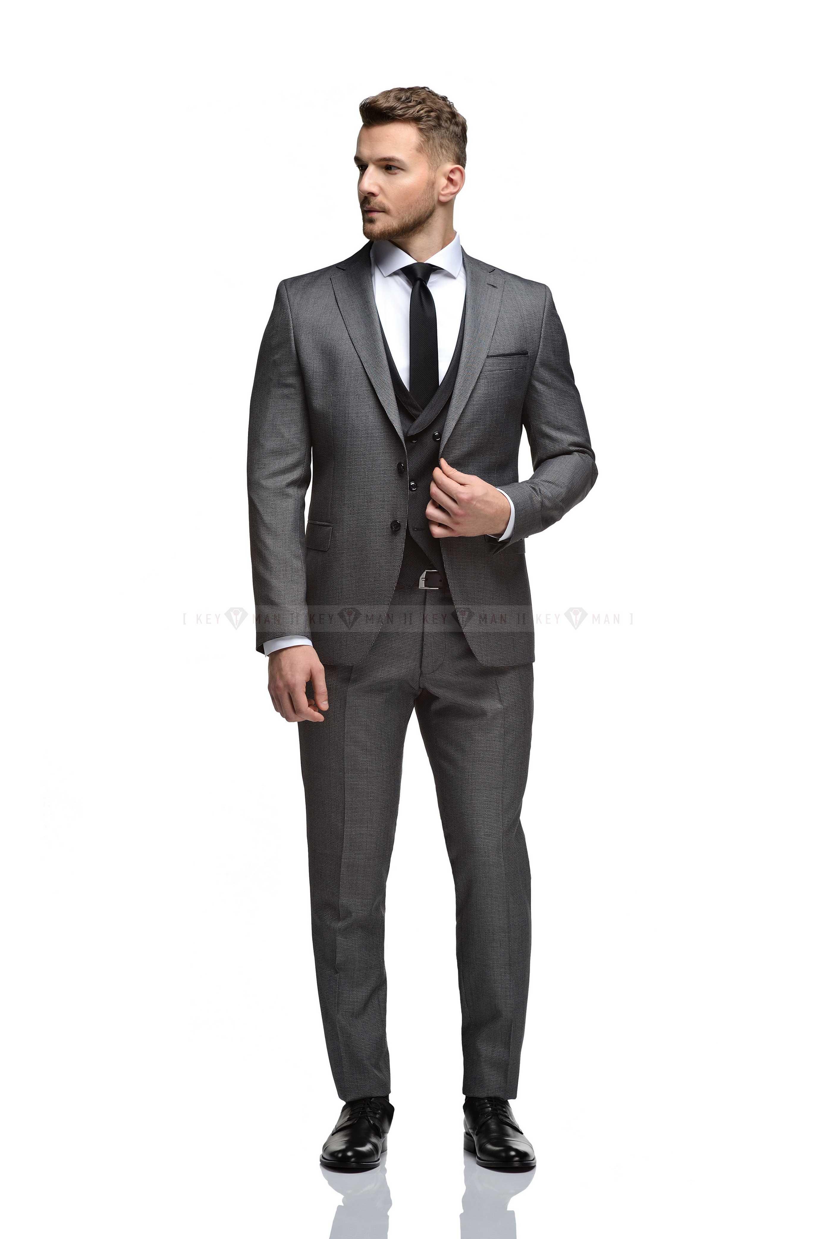 Костюм мужской черный в гусиную лапку с черным жилетом