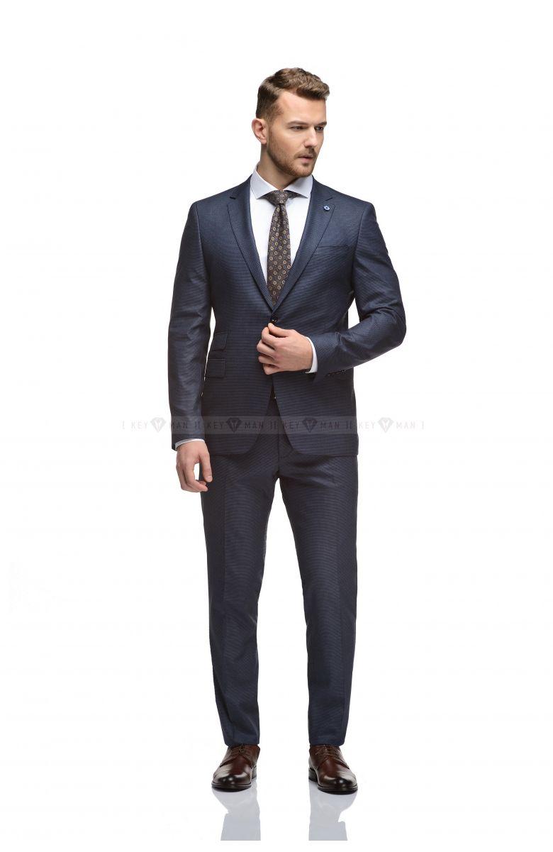 Комплект в офис с костюмом в черно-синюю фактуру (костюм, рубашка, галстук, туфли, ремень)