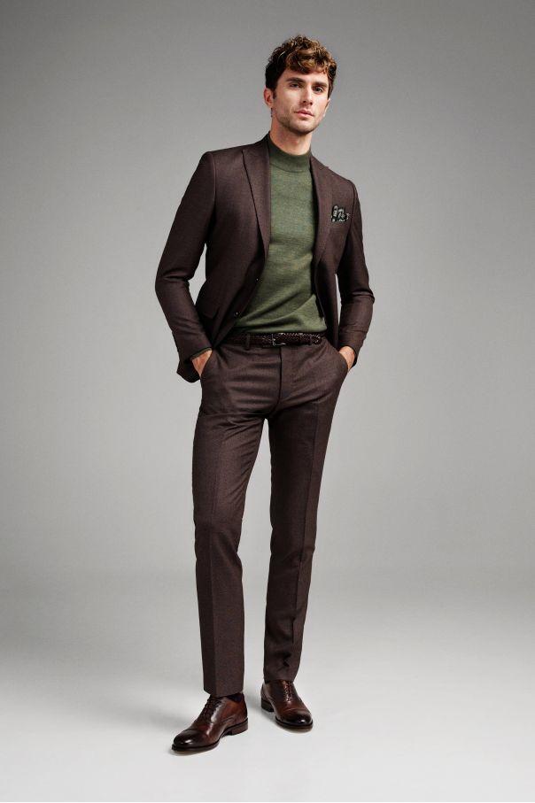 Костюм мужской коричневый с вплетенной бежевой нитью с жилетом