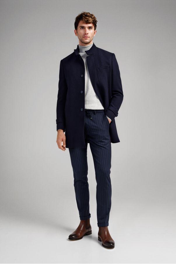 Пальто мужское синее, в крупную елочку, демисезонное, воротник стойка