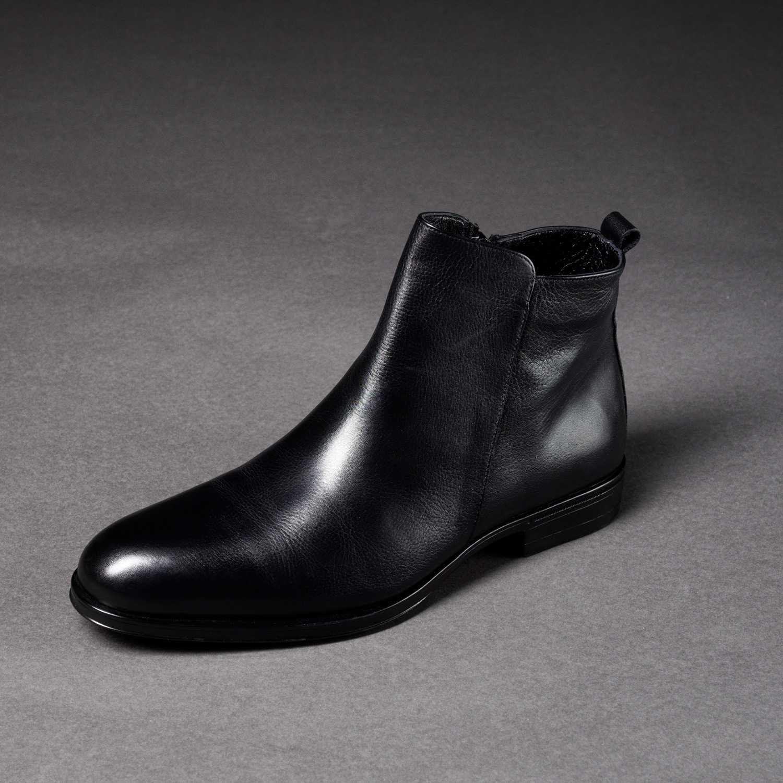 Черные ботинки из гладкой кожи