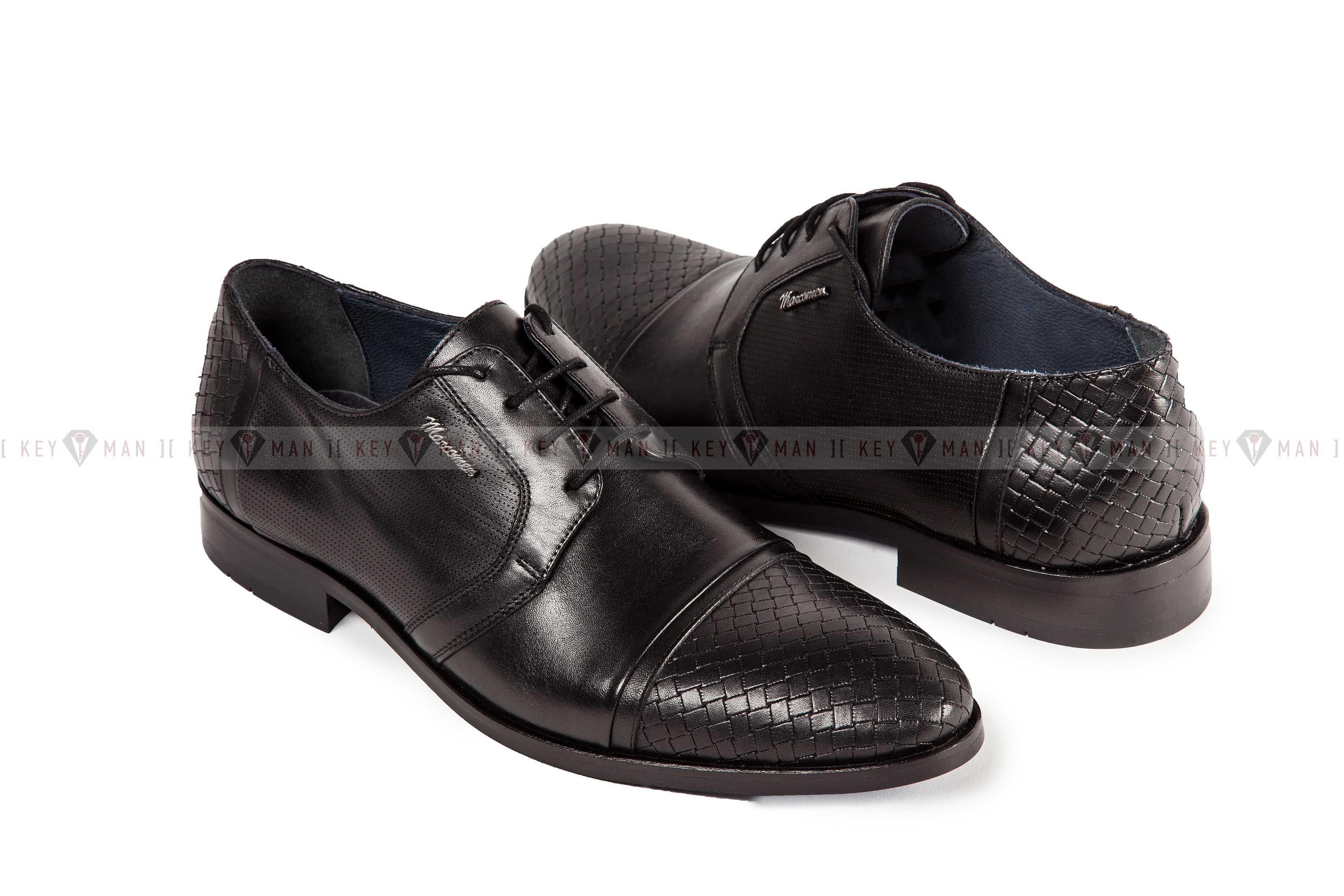 Туфли мужские дерби черные с плетеной выделкой