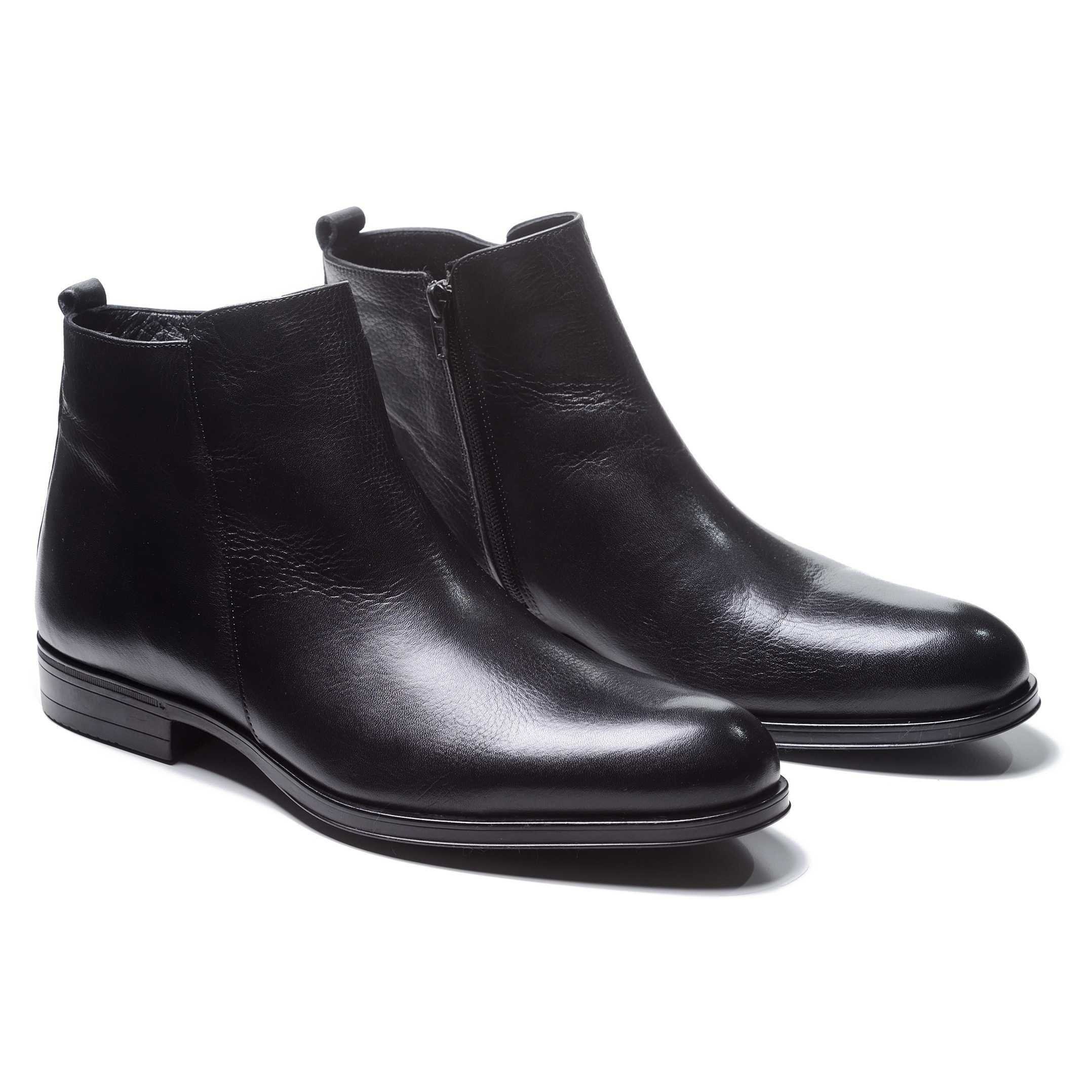 Ботинки мужские черные из гладкой кожи сбоку на замке (plain toe side zip boot)