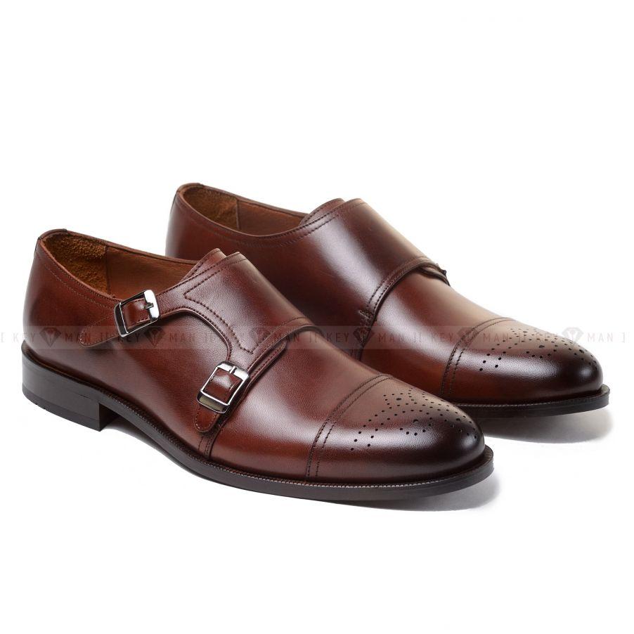 Туфли мужские дабл-монки коричневые с медальоном на мыске обуви